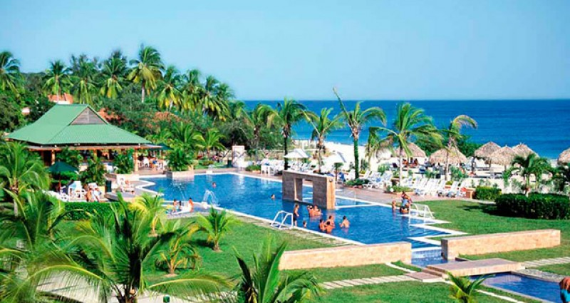 Decameron Golf Beach Resort fullviajes