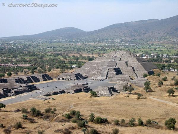 piramidedelalunamexico